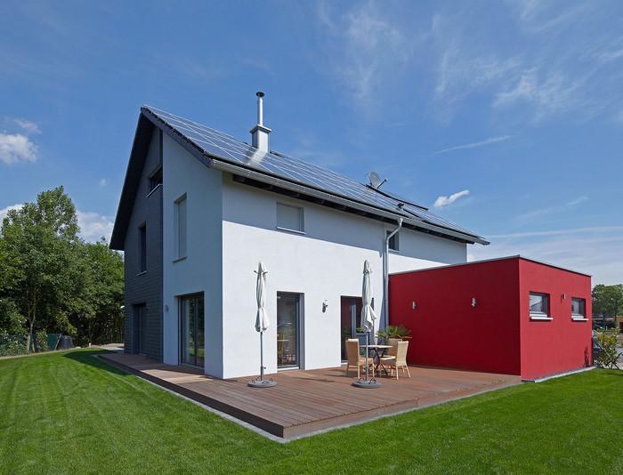 Charmantes Holzhaus