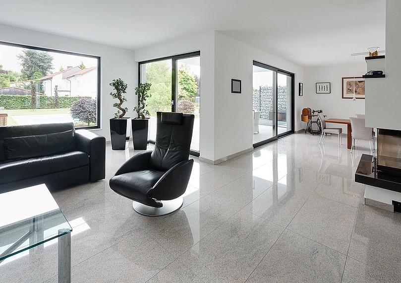 Wohnzimmer der repräsentativen Villa