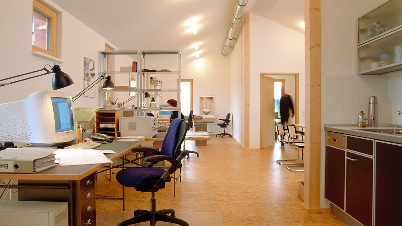 wohnen und arbeiten im fertighaus petershaus. Black Bedroom Furniture Sets. Home Design Ideas