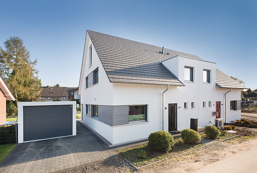 Blick auf Doppelhaus