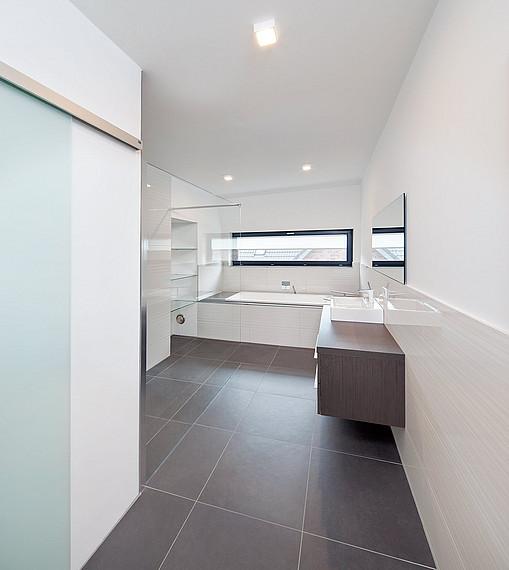 Badezimmer mit Bauhaus-Charakter