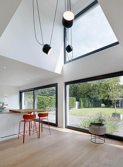 Fertighaus Bauhausstil Fensterfront