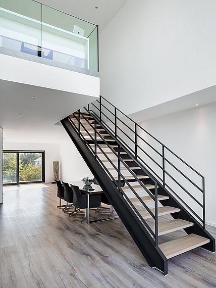 Treppe ins dritte Geschoss
