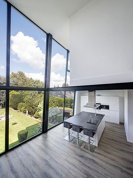 Glasfront Einfamilienhaus