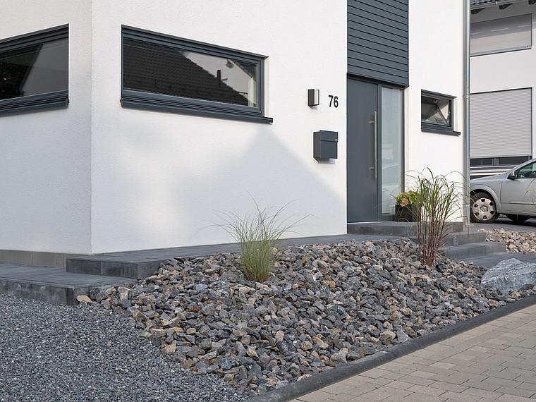 Modernes Einfamilienhaus Eingangsbereich